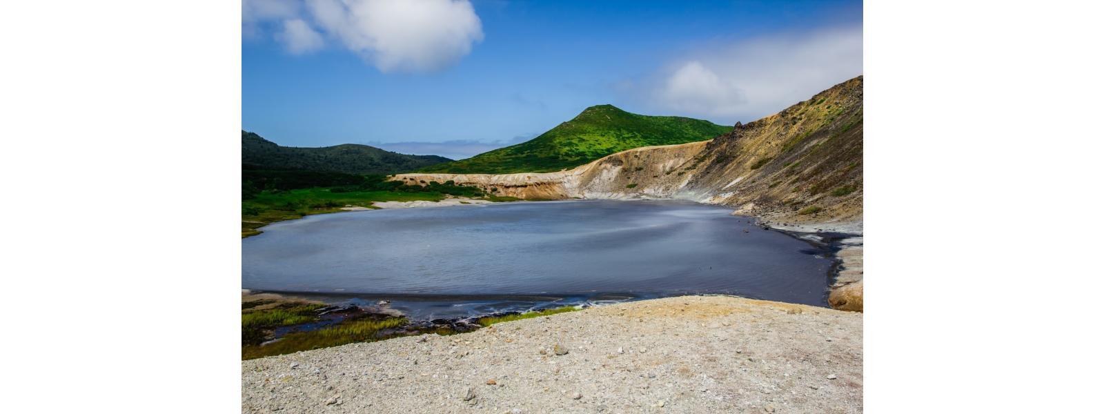 Озеро серебряное остров кунашир фото
