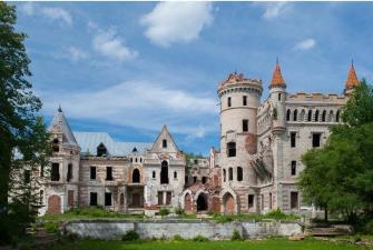 Замок и скалы (Судогда - Муромцево - Дюкинский заказник - Гороховец с приемом у Царя Гороха, автобусный, 2 дня)