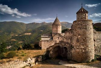 Весна в Армении ( 6 дней + авиа )