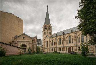 По Ивановской горке в Лютеранский собор Петра и Павла  (с органным концертом)