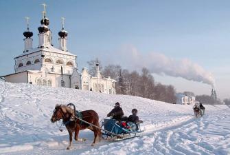 Новый Год к нам идет! Счастье, радость в дом несет! Встречаем Новый 2022 год у Деда Мороза в Великом Устюге ( 4 дня + ж/д )