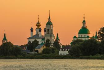Были и предания древнего Ростова (с посещением Кремля и ростовских монастырей, авторская программа Валерия Страхова)