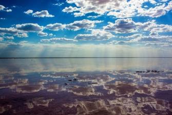 К соляным озерам Волжской степи (Астрахань с посещением осетрового хозяйства - озеро Эльтон - озеро Баскунчак - Сарай-Бату, 4 дня + ж/д)