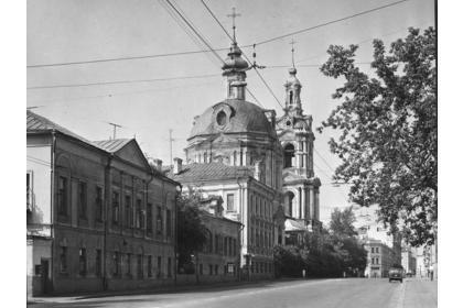 Басманная слобода и Гороховое поле (пешеходная экскурсия Валерия Страхова)