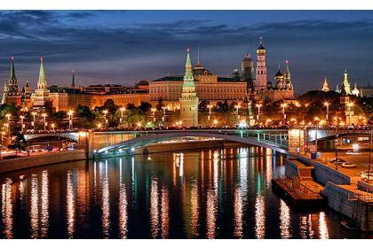 Волшебный вечер на Москве-реке ( вечерняя речная прогулка на теплоходе, с великолепным ужином под живую музыку)