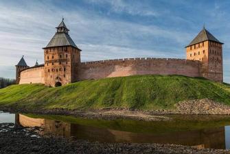 Колыбель российской истории – два города с тысячелетней историей, программа стандарт (зима, весна, осень, 2 дня + ж/д )